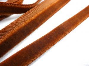 B509 Sammetsband 9 mm mellanbrun