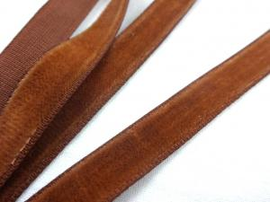 B519 Sammetsband 10 mm brun