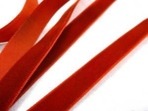 B522 Sammetsband 10 mm rödbrun
