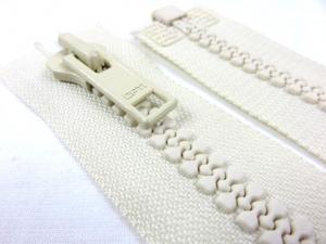 D005 Plastic Zipper 58 cm Opti One-way Separating offwhite (2nd choice)