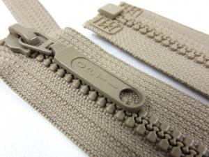 D055 Plastic Zipper 25 cm Opti One-way Separating beige