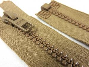 D057 Plastic Zipper 65 cm Opti One-way Separating brown