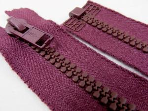 D057 Plastic Zipper 66 cm Opti One-way Separating wine red