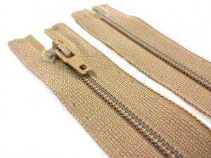 D072 Opti Coil Zipper 15 cm Closed End beige