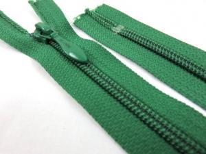 D113 Blixtlås 16 cm 4 mm spiral ej delbar grön