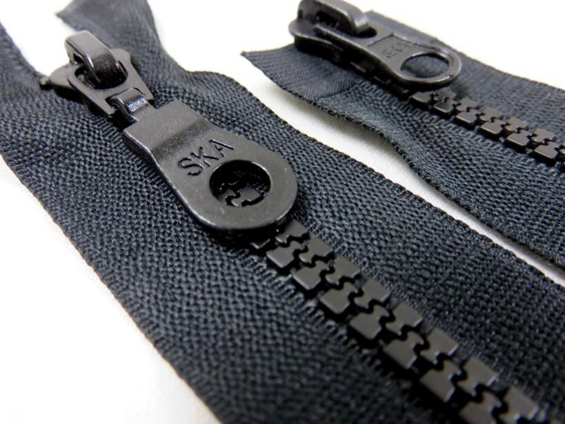 D200 Blixtlås 70 cm delrin 5 mm tvåväg svart