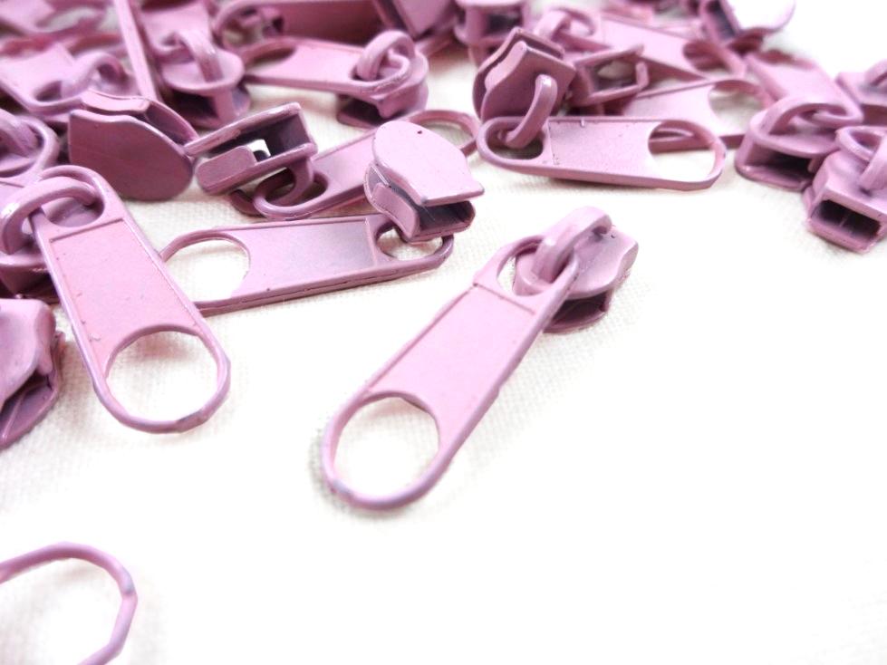 D201 Zipper Slider for Continuous Zipper D201 light pink