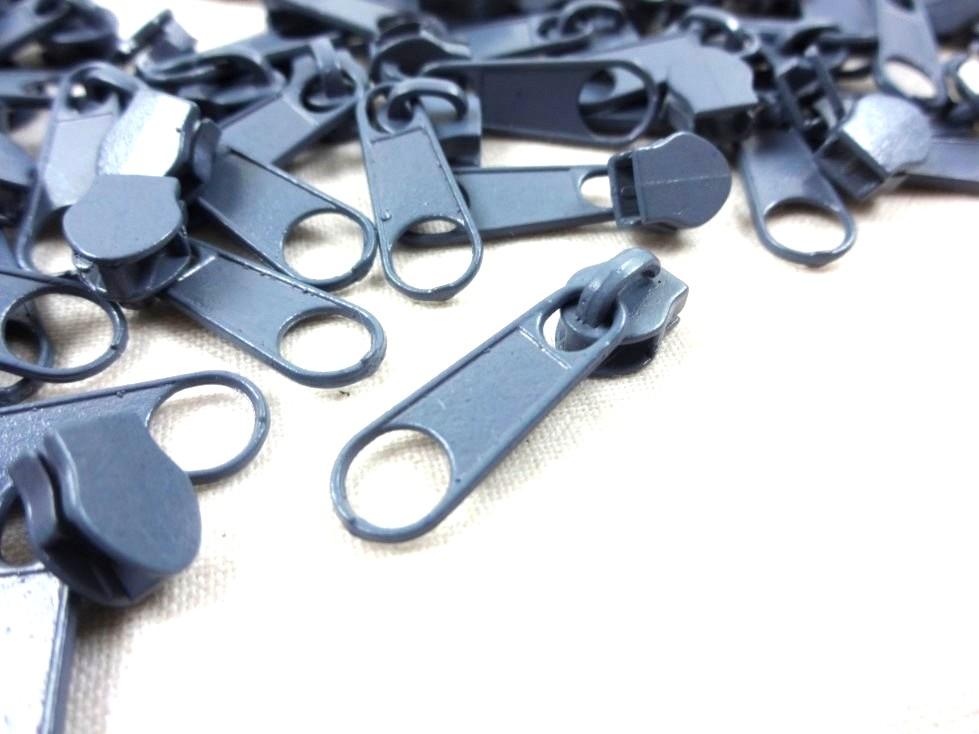 D201 Zipper Slider for Continuous Zipper D201 grey