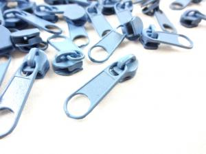D201 Zipper Slider for Continuous Zipper D201 light blue