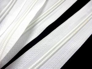 D202 Blixtlås metervara 5 mm vit