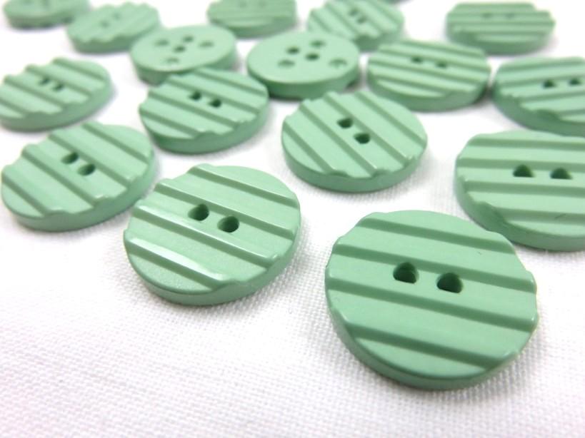 K001 Knapp 18 mm grön med ränder