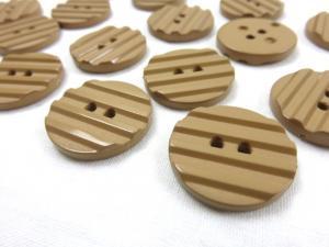 K001 Knapp 23 mm brun med ränder