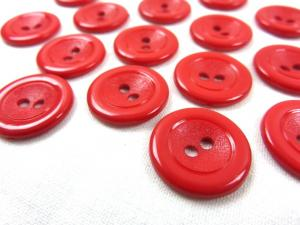 K002 Plastic Button 18 mm red