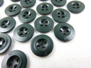 K008 Knapp 13 mm mörkgrön