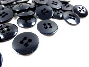 K010 Knapp 17 mm svart