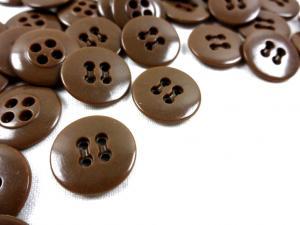 K010 Knapp 17 mm brun