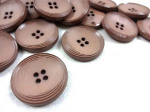 K013 Knapp 25 mm brun