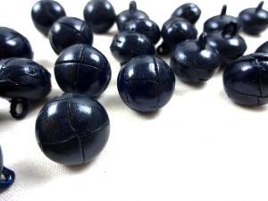 K098 Knapp konstläder 16 mm mörkblå