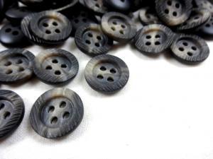 K103 Knapp 15 mm melerad grå