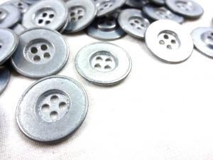 K145 Knapp metall 20 mm silver