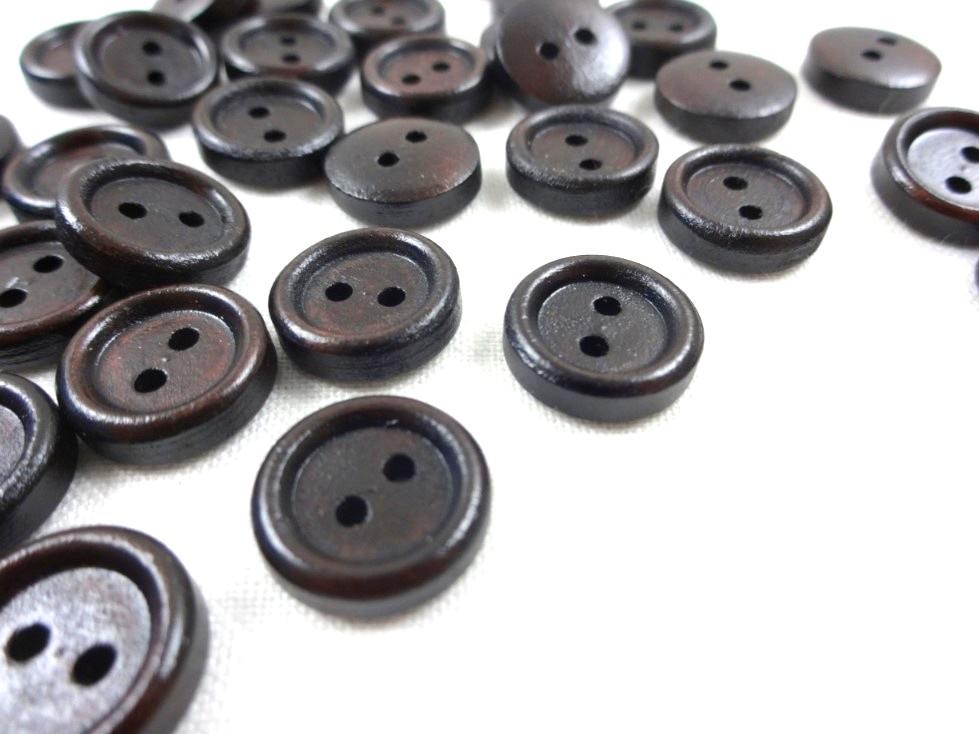 K352 Träknapp 12 mm mörkbrun