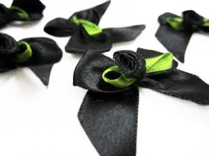 M165 Satin Bow with Rose black
