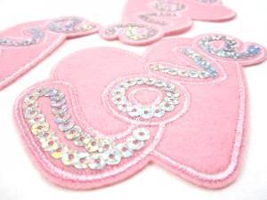 M170 Tygmärke Love rosa