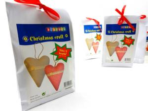 N1018 Christmas Craft Kit - Fabric Hearts
