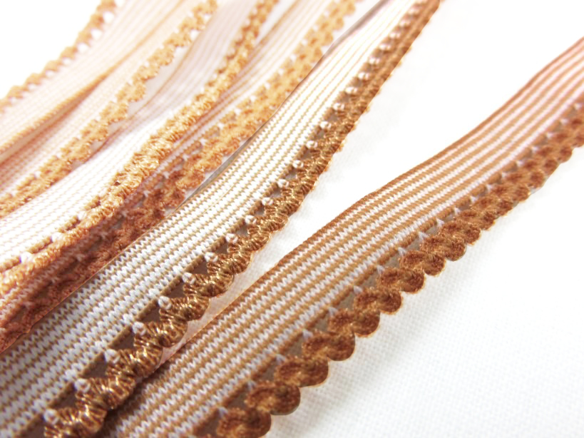 R137 Elastic Lace Trim 10 mm brown
