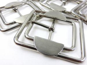 S041 Bar Buckle 30 mm silver