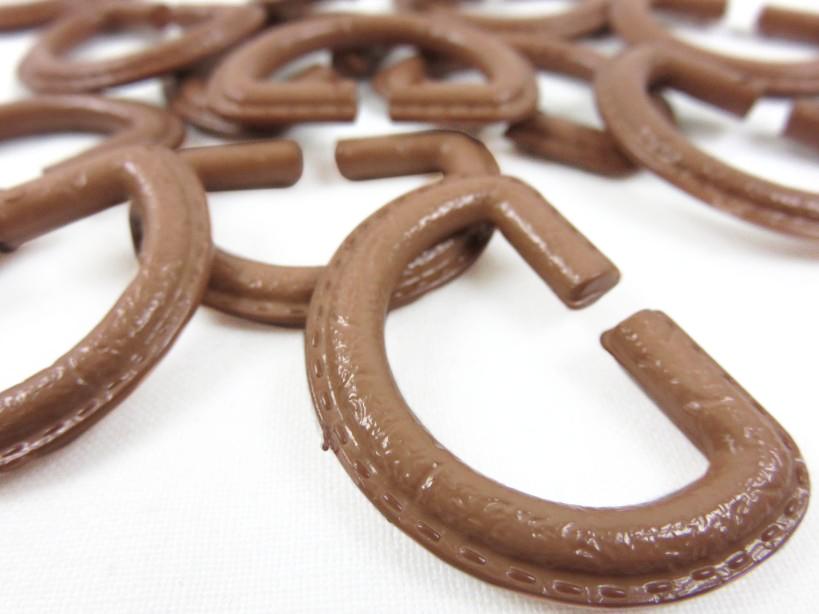 S363 D-ring plast brun 25 mm
