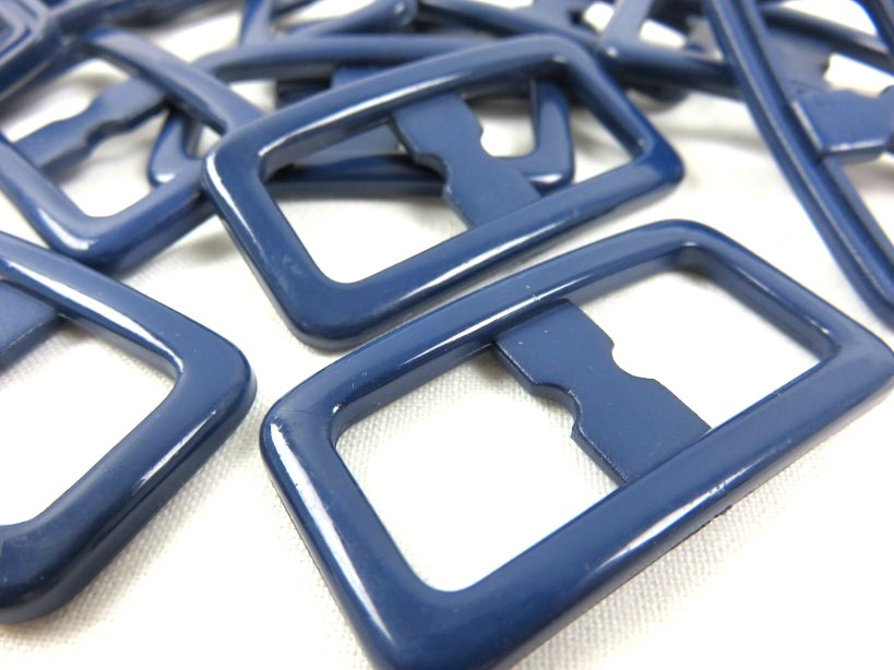 S372 Plastspänne 15 mm mörkblå