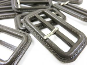 S375 Plastic Bar Buckle 40 mm dark brown