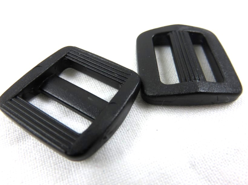 Plastic tri glide 16 mm black