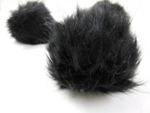 S416 Pom Pom 15 cm svart