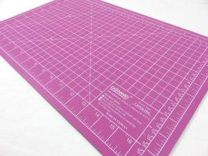 Cutting Mat 45 x 30 cm pink/purple