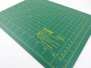 Cutting Mat 30 x 22 cm green