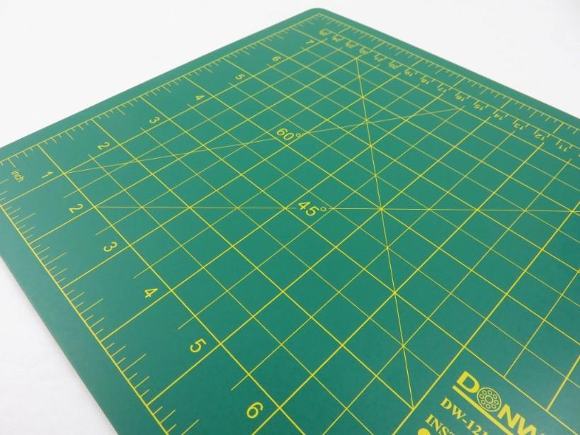 Cutting Mat 30 x 22 cm green