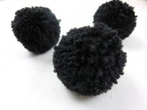 S464 Pom Pom 6 cm svart