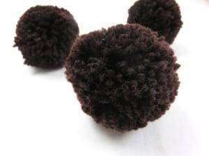 S464 Pom Pom 6 cm dark brown