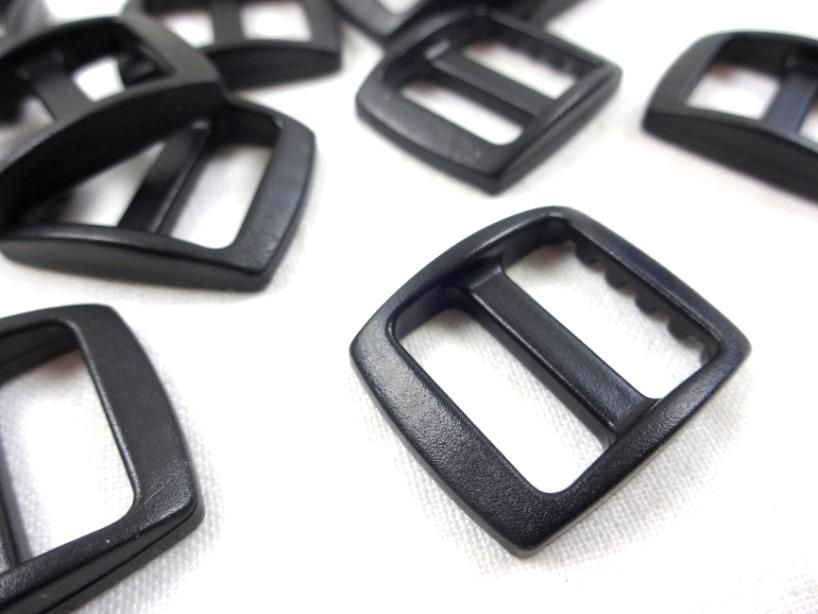 Spännare 17 mm svart