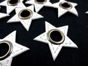 S591 Lapp med öljett Stjärna vit
