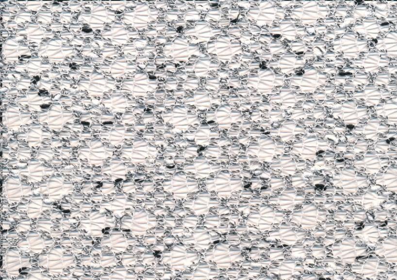 T2014 Hålstickad vitsvart