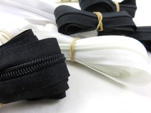 Y504 Paket - Blixtlås på metervara svart/vit (150 g)