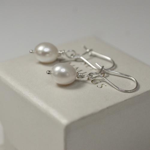 Drop Pearls
