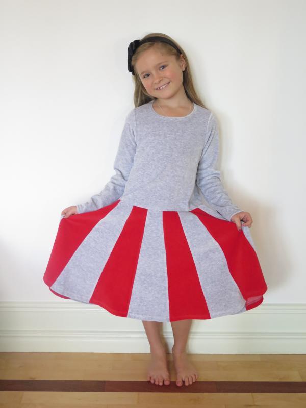 Juliet-klänning Grå/röd OEKO-TEX