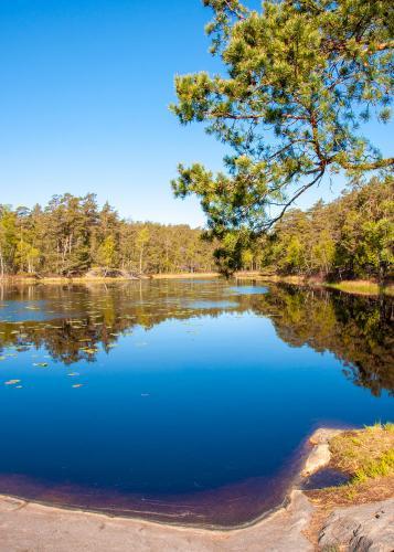 Krokträsken är två små sjöar längs med Boo-leden