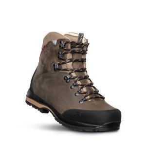 Alfa Berg Gtx är en brun halvhög vandringskänga. Nubuck och goretex. Vy snett framifrån.