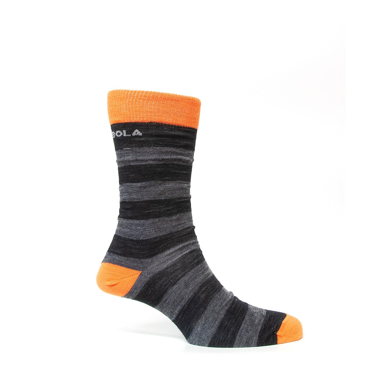 Bolas tunna liner i svart, grått och orange. Sedd från sidan.