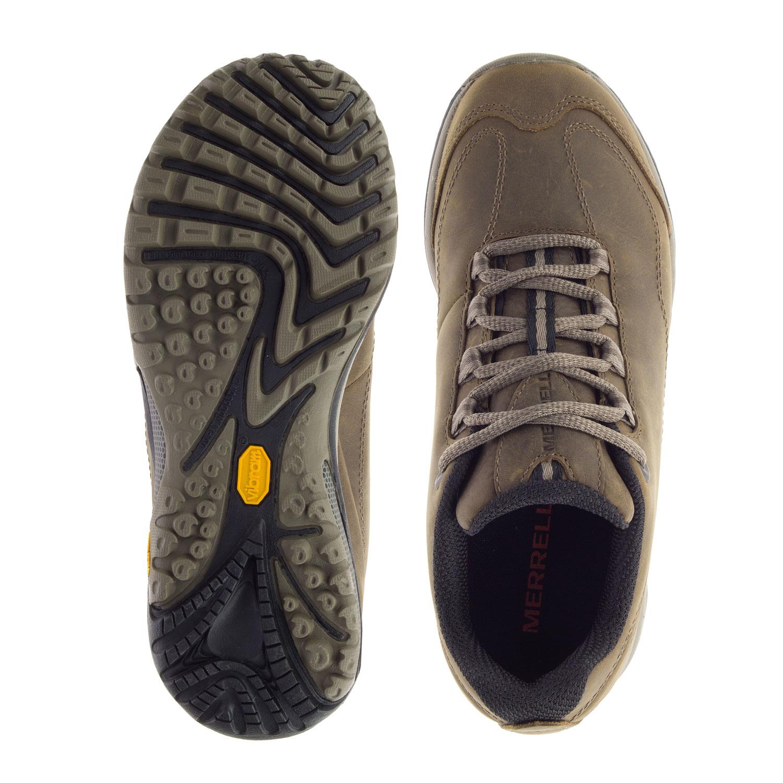 Ljusbrun lädersko sedd ovanifrån och underifrån